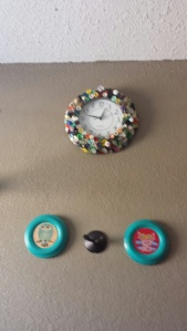 I decided to makeover my clock and create the two owl signs to go with my newly made over look.